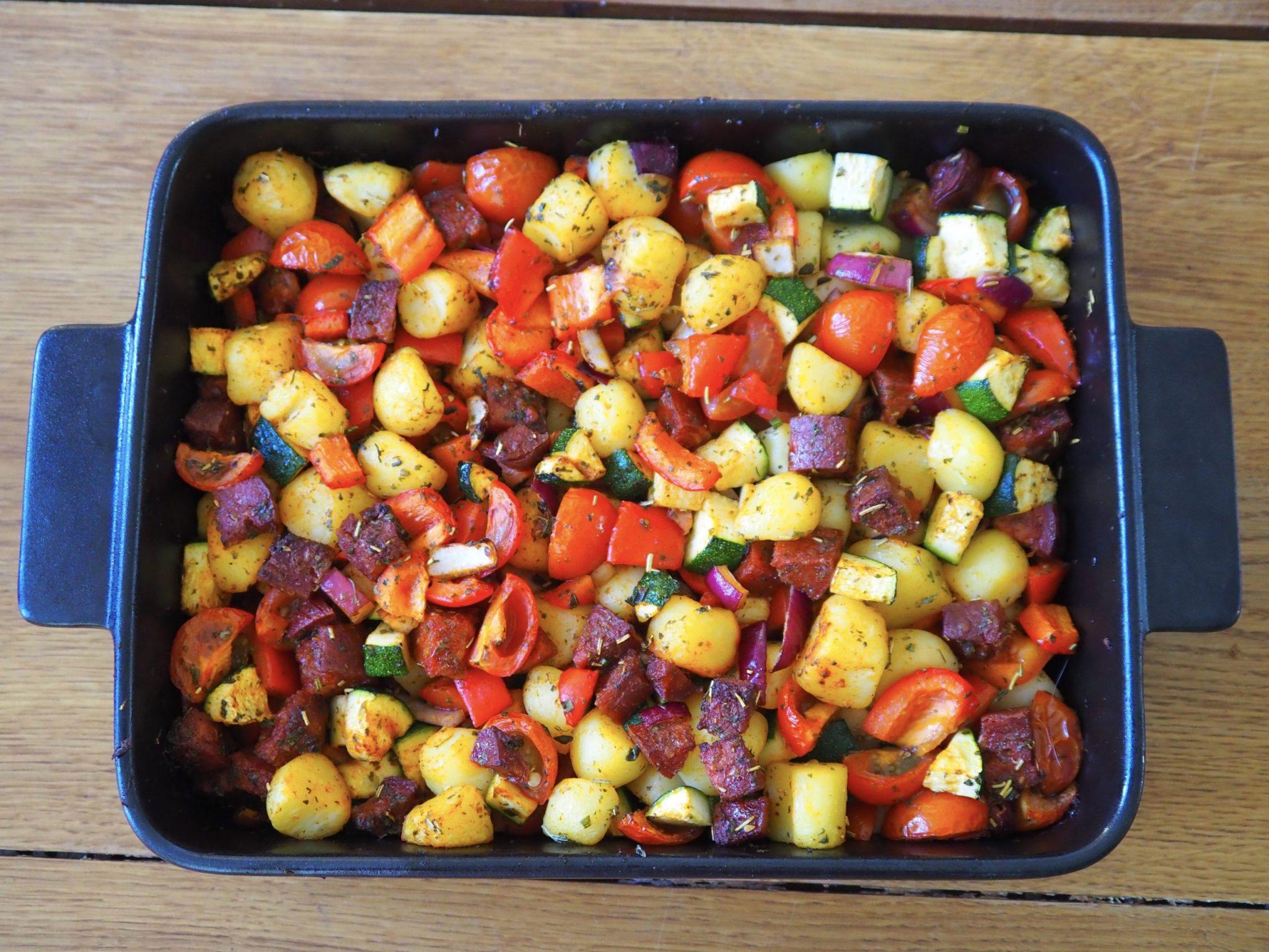 Ovenschotel met chorizo krieltjes en groente