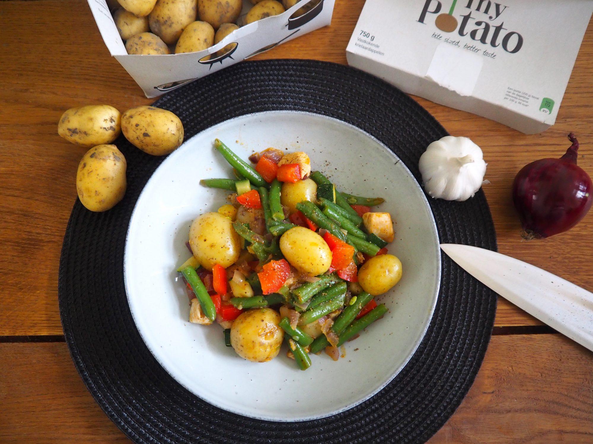 Ovenschotel met tiny potatoes, kip en groente