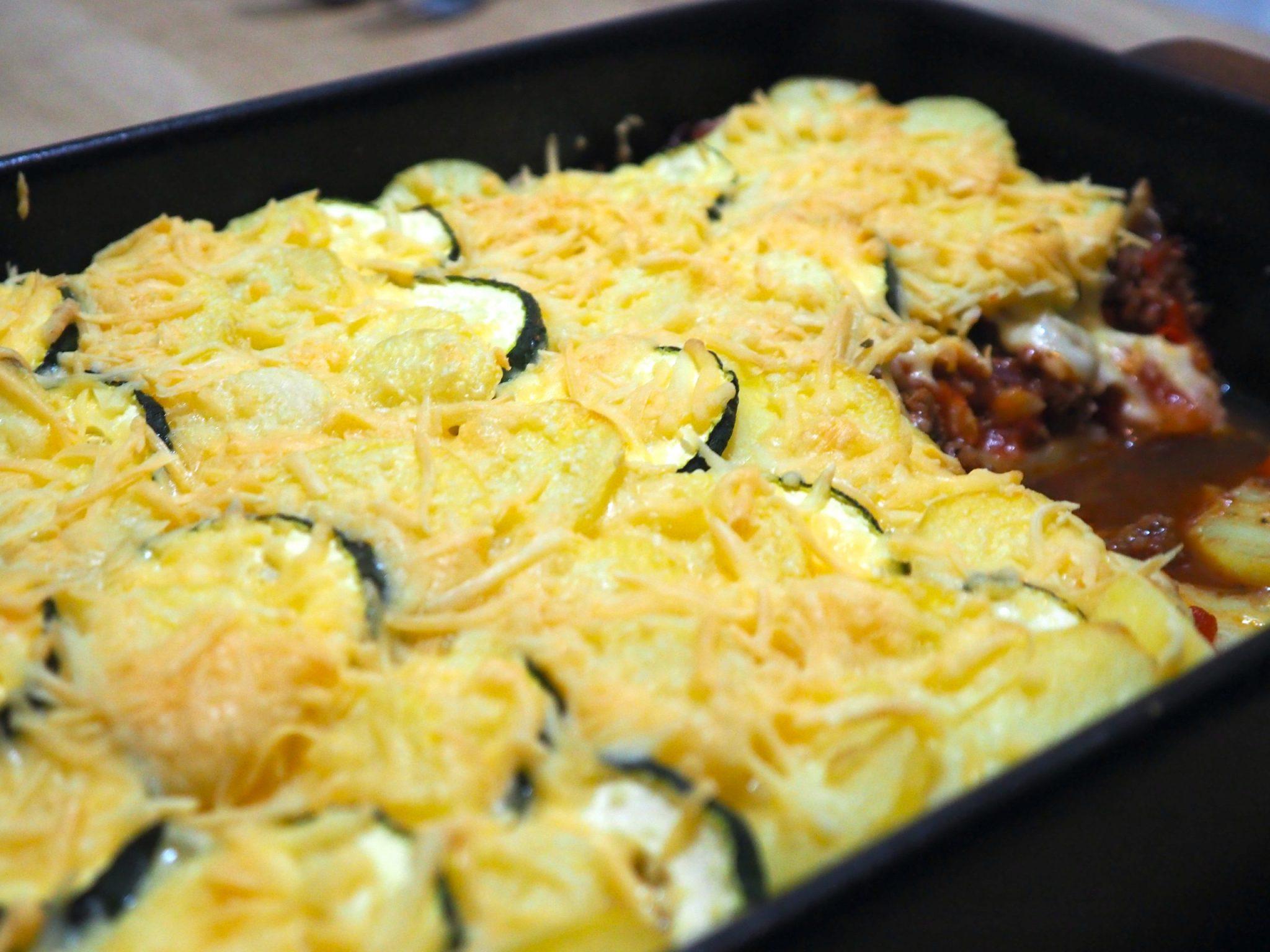 Ovenschotel met aardappel, courgette en paprika